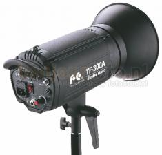 Falcon Eyes TF-900A Studioflitser